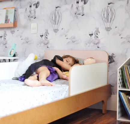 Confira como escolher uma cama infantil segura.