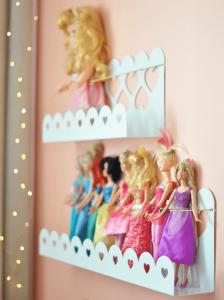 Imagem ilustrativa das prateleiras Dolls da Cadô